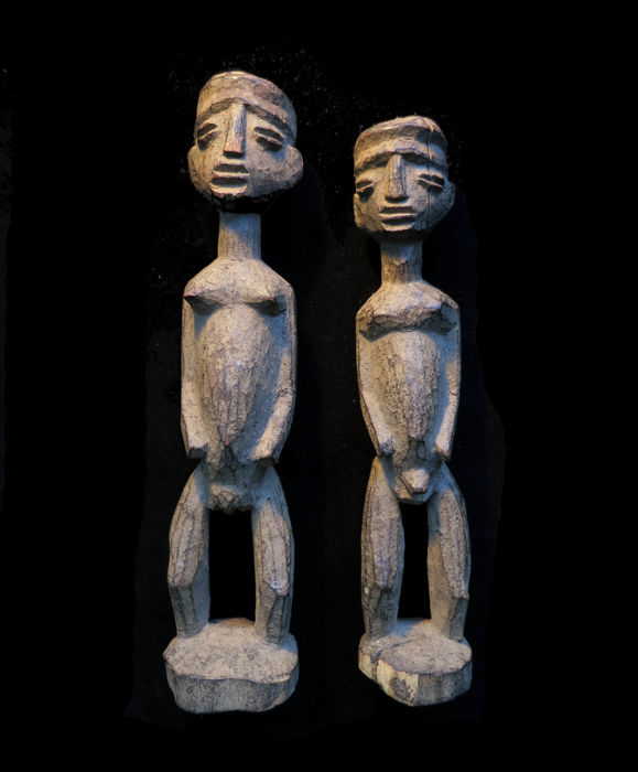 Rare early Lobi pair 'Bateba' - Burkina Faso