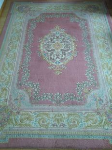 Imperial and rare Xxl chinese carpet 354×252cm.