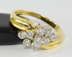 0.61 ct diamond ring in 18 kt gold. Size: 47.75 / 15.2 mm  ** no reserve **