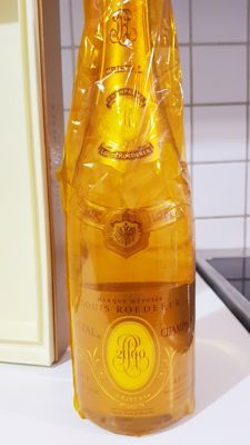 2000 Louis Roederer Cristal Champagne - 1 bottle with coffret
