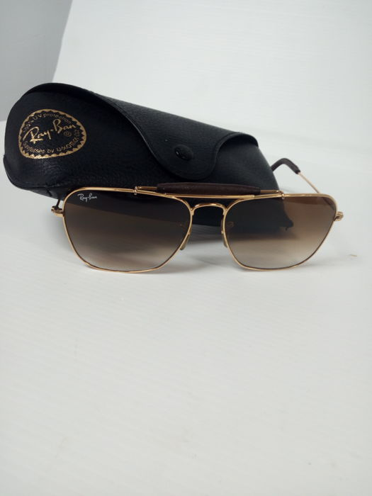 RayBan – vintage sunglasses – leather binding – limited edition.
