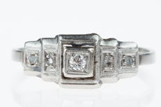 18 kt gold Art Deco women's ring set with diamonds, set in platinum, ring size: 17.5+