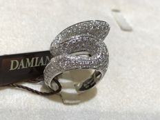 "Damiani – ""Fireworks"", 5.40 ct diamonds (H/VVS) – Ring in white gold – Diamonds International Awards 1994 – Size: 19 / 59 / 19 mm"