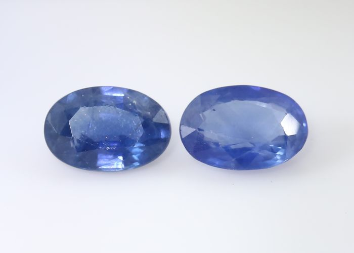Set of 2 Sapphires -  0.50 + 0.51 = 1.01 ct total - no reserve price