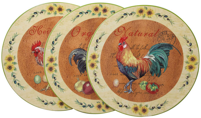 Set consisting of 3 decorative wall plates of decorated ceramic ...