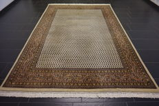 Magnificent hand-woven Oriental palace carpet, Sarough Mir, 200 x 300 cm, made in India, excellent highland wool