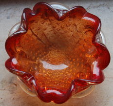 Attr. to Barovier & Toso - Flower-shaped bowl/ashtray