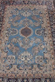 Original & wonderful Iran Persian Isfahan old rug handknotted 220x147cm around 1970