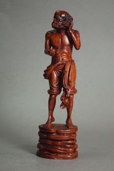 Rosewood sculpture of a rakan (arhat) - Japan - Late 20th century