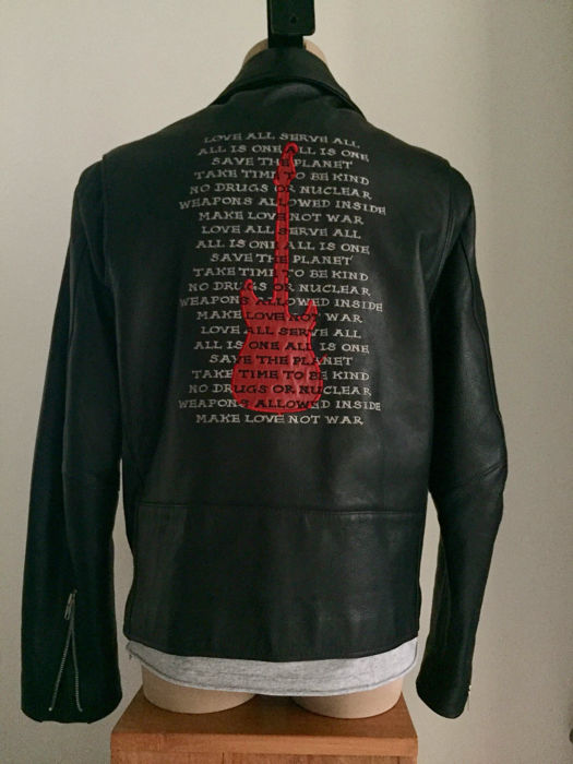 Hard Rock Café Hollywood - motorcycle jacket with red guitar / text on the back