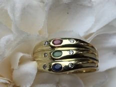 Old gold ring with Emerald / Ruby / Sapphire and six diamonds