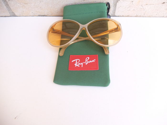Ray Ban / B & L - Sunglasses – Women – Collector's item