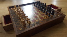 Antique Victorian inlaid walnut chess set