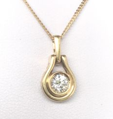 Necklace in 18 kt gold and Top Wesselton solitaire diamond of 0.5 ct