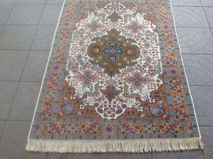 Beautiful & Original Kayseri Handknotted 160x104 cm Top Quality & Condition