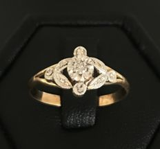 Delicate old engraved ring in 18 kt gold, late 19th century - No reserve price