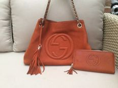 Gucci – Nubuck Leather Soho Bag Orange & Wallet