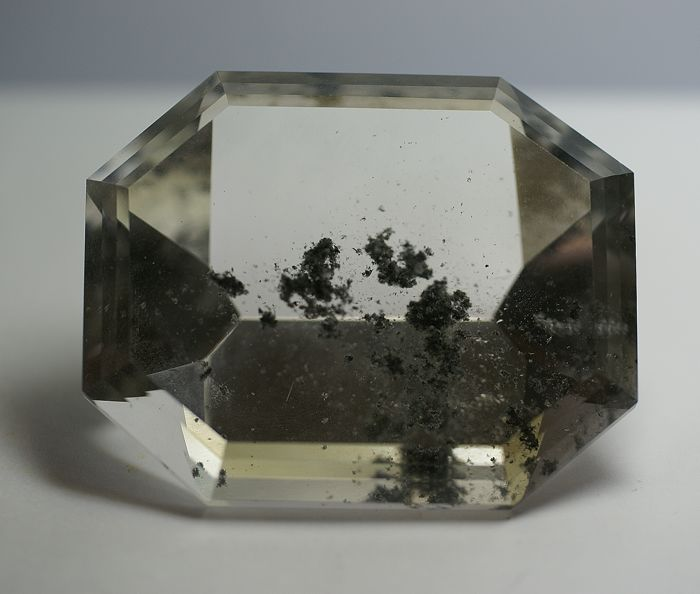 Rock Crystal, with Chlorite Inclusions,   406,90ct