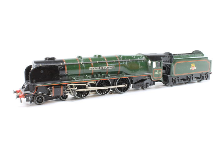 Hornby Dublo 00 - Steam locomotive EDL12 'Duchess of Montrose' with Tender D12 of the BR