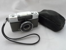 Very nice Olympus PEN-EE-S photo camera from the 1960s including leather case and strap