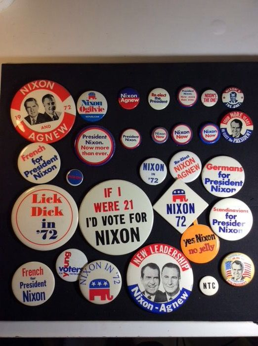 Election Campaign Button - Nixon 1972 - Lot of 29 American election badges