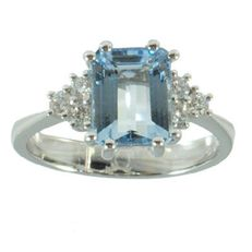 18 kt gold ring with 0.25 ct diamonds and 2.18 ct aquamarine – Size 14