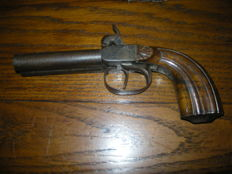 Double barrel pistol with forced bullet around 1840