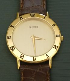 Gucci 3000.2.M – Very elegant and rare men's watch, gold-plated to 10 microns, barely used and in mint condition, from 1997.