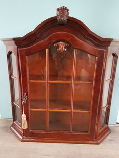 Cherry-wooden hanging display cabinet