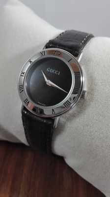 Gucci 3000 L – Ladies' Wristwatch – 2000s