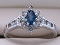 Certified white gold ring with diamonds and sapphire – 0.42 ct **No Reserve**