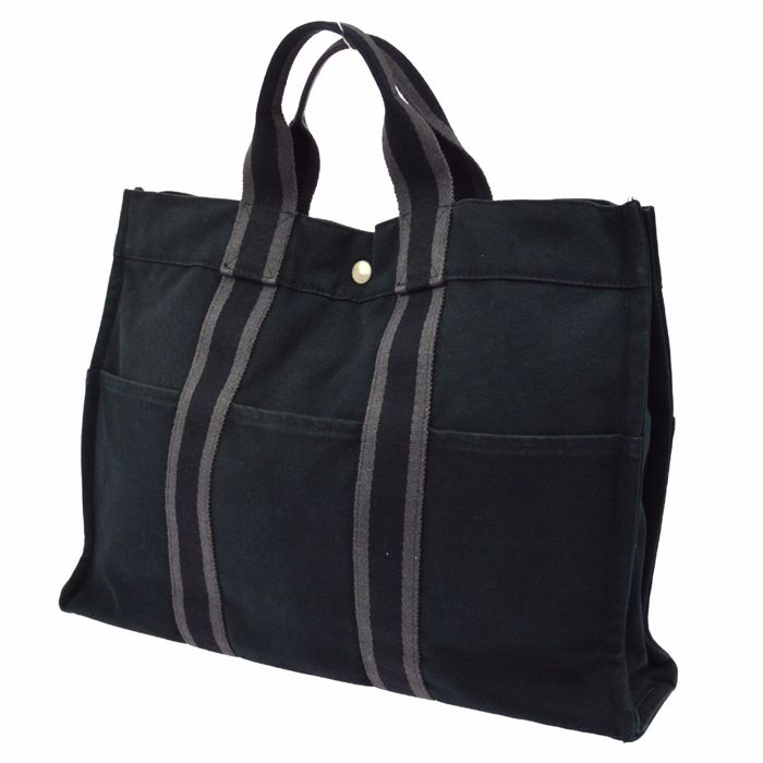 Hermès – Fourre Tout MM Handbag / Tote Bag – Black Cotton.