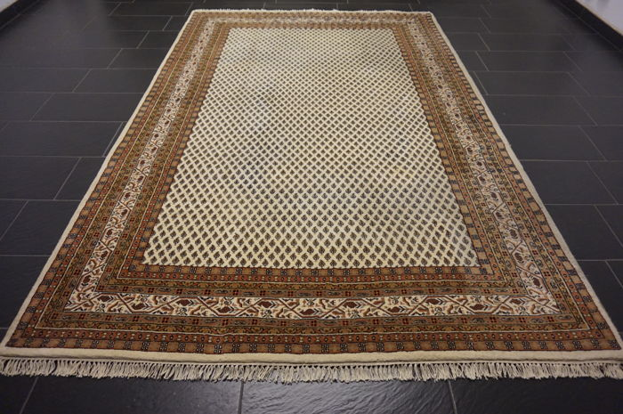 Magnificent hand-woven oriental palace carpet, Sarouk Mir, 200 x 300 cm, Made in India, excellent highland wool