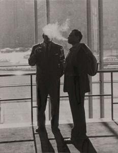 Unknown/United Press - UN delegates smoking - New York - 1956