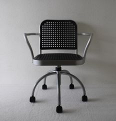 Vico Magistretti - Silver swivel chair for DePadova