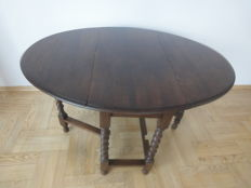 Oak gateleg table, mid 20th century