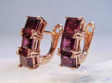Rare rhodolite earrings, faceted rhodolite 3.6 ct