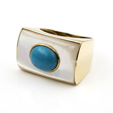 18 kt Yellow gold – Cocktail ring – Mother of pearl – Oval turquoise – Ring size 15 (Spain)