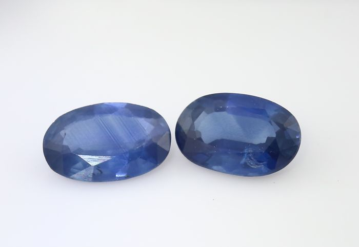 Set of 2 Sapphires -  0.48 + 0.43 = 0.91 ct total - no reserve price