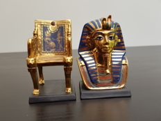 Franklin Mint - The Treasures of Ancient Egypt - 24K hand-painted porcelain gilt - The Golden Throne & Gold Funerary Mask