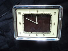 1 built-in clock - metal case with chrome frames - probably Ford (US), 1930s / 40s