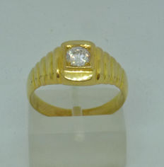 14kt yellow gold Men's ring with cubic zircon - size: 57,5