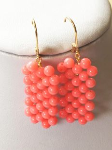 14 kt gold earrings – Coral – size coral 37 x 17 mm