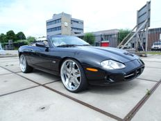 "Jaguar - XK8 4.0L V8 2+2 ""classic sports edition"" Convertible - 2000"