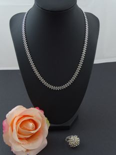 Silver, 925 kt necklace & ring 16 / 56 + 46 cm