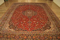 Persian carpet Royal Kashan, aprox 380 x 304 cm, Red, hand-Knotted, high-quality, oriental carpet, SIGNED BY MASTER'S, cirka 1970, TOP CONDITION