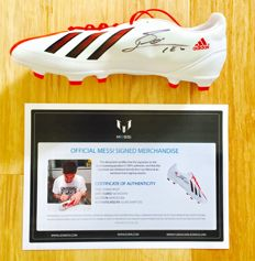 Messi #10 / Argentina - FcBarcelona - Signed Soccer Boot -  with Certificate of Authenticity & Photo Proof
