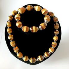 Collectible old Amber old necklace & bracelet from the Baltic region, 106.4 grams (not pressed)
