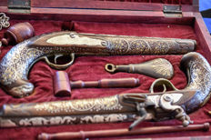 PAIR OF FRENCH PISTOLS FOR ORIENTAL MARKET BEGINNING OF 19TH CENTURY