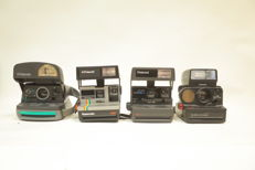 4 x polaroid with flash
